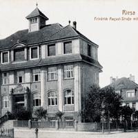 Riesa  Handelsschule in der Friedrich August Straße  Poststempel 1931