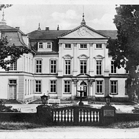 """Gotha Wirtschaftsschule """"Heinrich-Rau"""", 1956"""