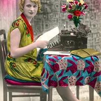 Frau-an-Schreibmaschine,-koloriert