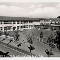 Bietigheim- Württemberg  -Gewerbliche-und-Kaufmännische-Berufsschule